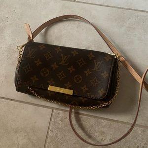 Louis Vuitton favorite mm clutch/crossbody